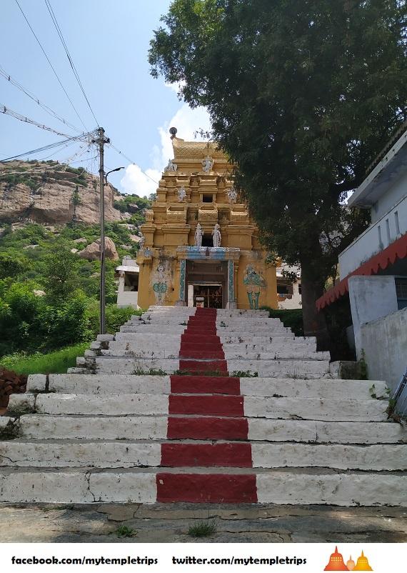 Temples near Bangalore – Sri Varadaraja Perumal Temple, Shoolagiri, Tamil Nadu
